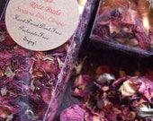 RED ROSE BUDS Dried Santana Rose Climber Petals & Buds