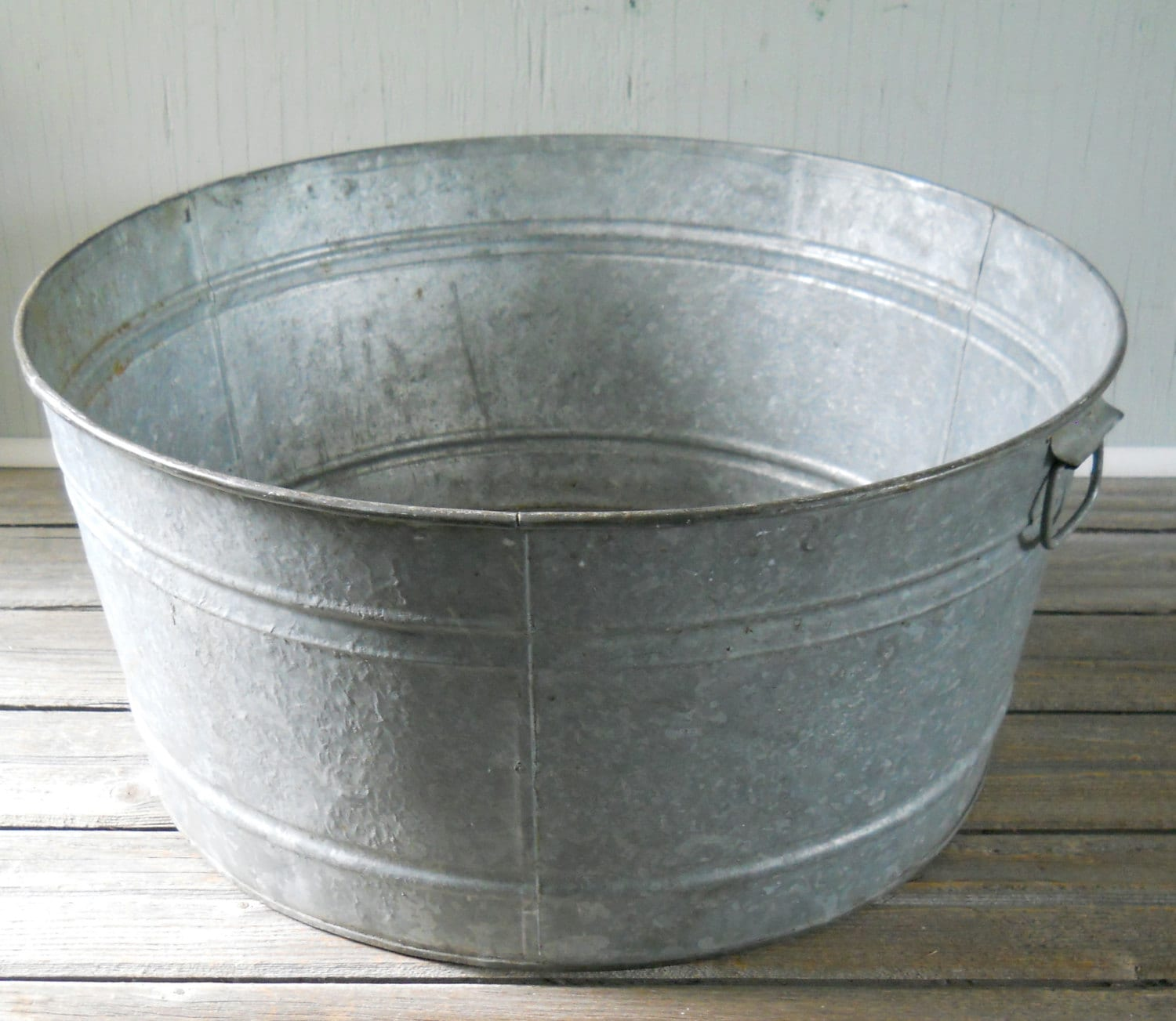 Vintage Galvanized Wash Tub Large Round