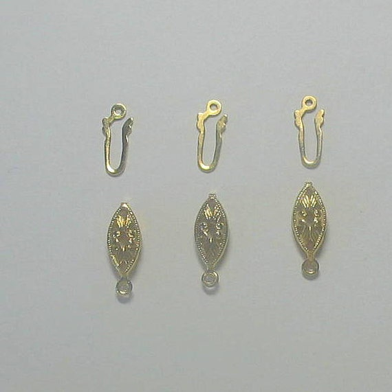Necklace fish hook filigree gold plated clasps by marmades for Gold fish hook pendant