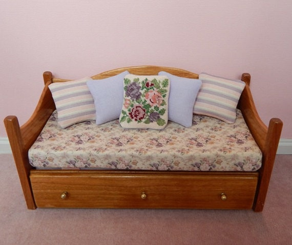 Dollhouse Miniature Trundle Bed in 1 12 Scale OOAK Handmade Trundle Bed in Cherry Wood with Cotton Linens, Hand-Stitched and Fabric Pillows
