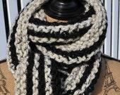 Striped Chunky Scarf - Mens Long Scarf - Womens Chunky Knit Wool Winter Neckwarmer - Teen Scarf Warm - Trendy - Fashion - Oatmeal - Black