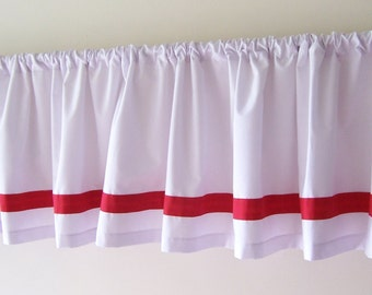 Valance with Choice of Trim Color