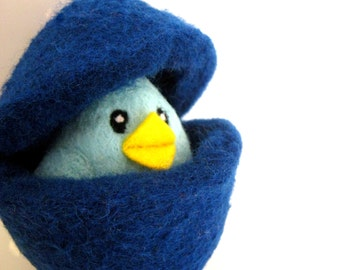 Easter Blue Chick in an Egg - Needle Felted Wool Toy for Boys - Waldorf - Bird - Nest Egg