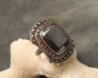 Sterling Marcasite Ring Art Deco Hematite Vintage Jewelry R5413