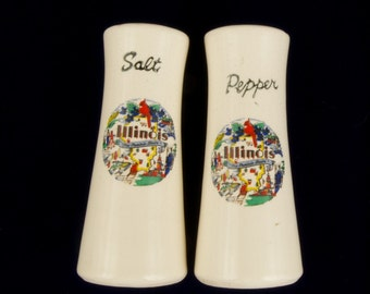 Vintage Illinois Souvenir Salt and Pepper Shakers