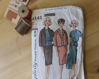 """very """"Mad Men"""" vintage ladies suit - dressmaking pattern - Simplicity."""