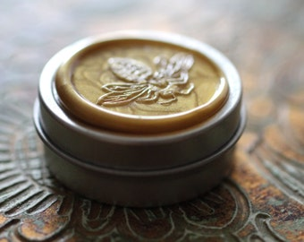 To Bee Solid Natural Perfume for the Naturalist - 8.7 grams in a round tin - Made for you with local beeswax - Eco luxe fragrance