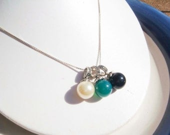 Vintage Sterling Silver Necklace with 3 Charms Emerald, Pearl Onyx