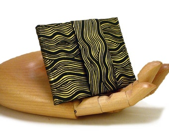 The Maze and the Labyrinth - Miniature Book
