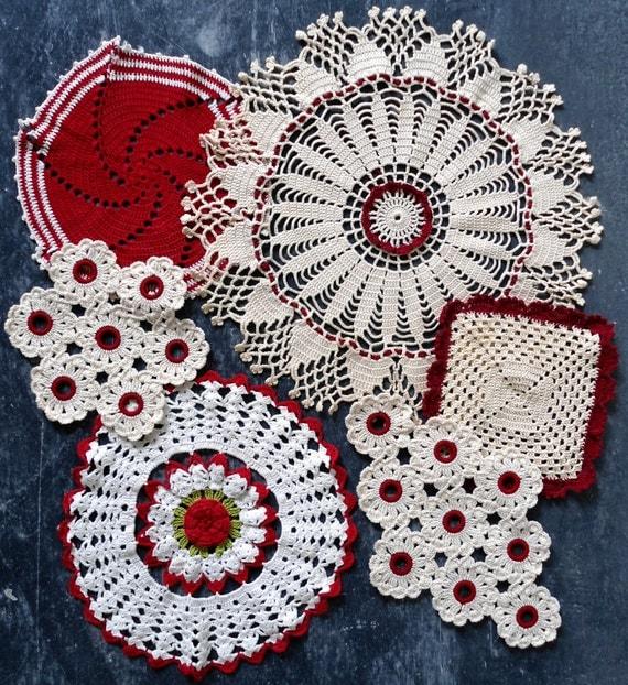 Vintage redwork home d cor set crochet pattern pdf for Crochet decorations for home