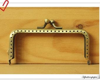 10.5cm X 5cm anti bronze sewing purse frame   L3