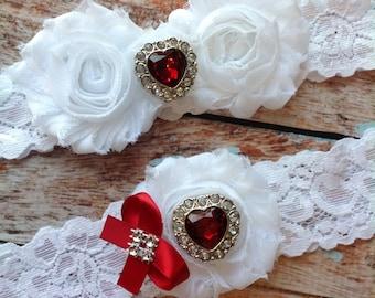 WHITE / RED HEART wedding garter set / bridal  garter/  lace garter / toss garter included /  wedding garter / vintage inspired