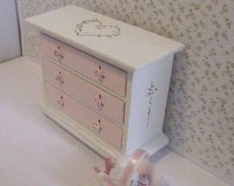 Chest of drawers , Pink, White, twelfth scale, dollhouse miniature
