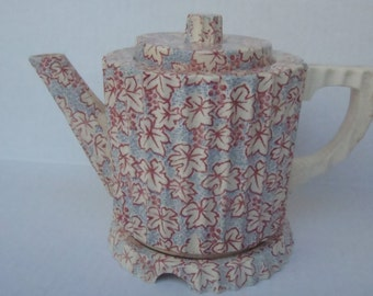 Japanese Teapot with Stand Porcelain Blue Red Leaf Pattern Elephant Mark by Tashiro Shoten