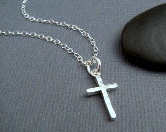 hammered silver cross necklace. SMALL. sterling silver cross pendant. simple. minimalist necklace. christian jewelry. 5/8 inch