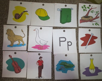 Vintage Picture Flash Cards Objects Letters Lot of 12 cards School Educational Scrapbook Handmade Cards Invitations Frame Consonants