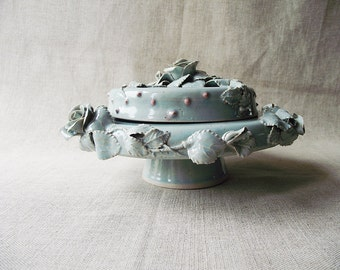 Stoneware Cake Stand with roses in light granitic blue - AVAILABLE IN 3 WEEKS about
