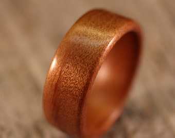 Ancient Kauri Bentwood Ring - Handcrafted Wooden Ring