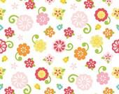 Simply Sweet Flowers  in White  by Riley Blake - 1 Yard