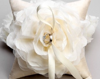 Ivory flower ring pillow, rustic wedding pillow, bridal ring bearer - Laurel