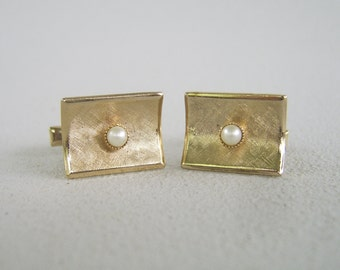 Vintage Gold & Cultured Pearl Cuff Links Mid Century