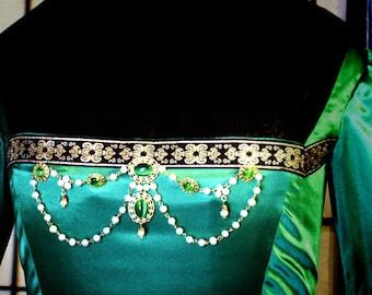 Renaissance bodice jewelry
