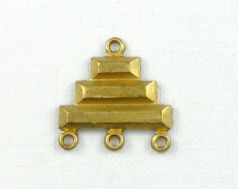 4 gold GEOMETRIC jewelry charm connectors or earring drops. 14mm x 14mm (ST84).