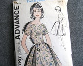 """1960s Sewing Pattern - Teen Size 10 Dress  # 2780 - Sew Easy by Advance - 30"""" bust 24"""" Waist - Mad Men Sally Draper Realness - Dior New Look"""