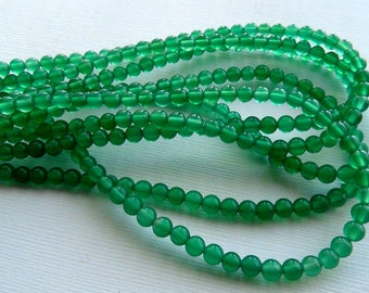 Green Onyx smooth round beads- 4mm- 15 inch