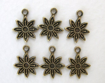 Daisy Flower Charm Antiqued Brass Ox Drop 13mm chm0173 (8)