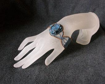 Beaded bracelet. Beadwork.