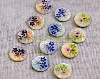 Japanese Natural Shell Buttons - Beautiful Pearl Flowers  (4 in a set)