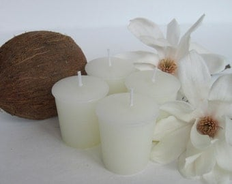 COCONUT HIBISCUS  (4 votives or 4-oz soy jar candle)