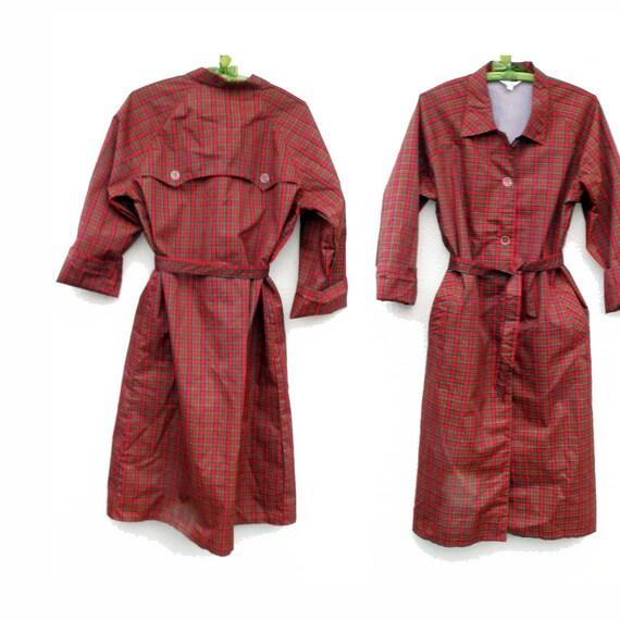 70s Vintage Raincoat Red Plaid size Large .. way cute ..