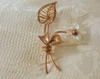 Vintage Flower and Leaf Pin