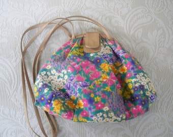 Vintage Designer Cross Body Purse Floral Print Summer Purse
