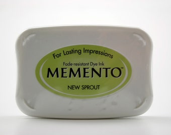 Tsukineko Memento Dye Ink Pad - New Sprout