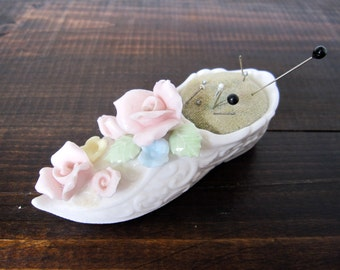 Vintage Shoe Pin Cushion, Ardalt Japan Floral Slipper Pincushion