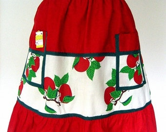 APRON Kitchen Pinafore Cook Chef Skirt Cover Vintage Cotton Red Apples Print NWT