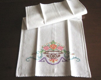 Towel Kitchen Bathroom Washstand Vintage White LINEN Embroidered Hand Embroidery Urn Motif
