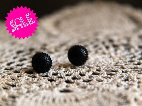 SALE vintage black button earrings
