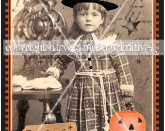 PRIMITIVE HALLOWEEN POSTCARDS - Litttle Things That Go Bump in the Night