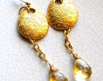 Vintage golden textured discs with citrine gemstone drops - elegant, simple, gift for her, OOAK
