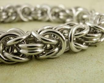 SALE Uber Byzantine Chainmaille Bracelet Kit  - 14 gauge Aluminum Handmade Jump Rings