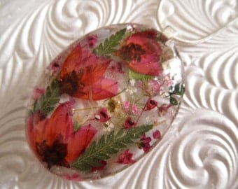 Boronia, Heather, Queen Anne's Lace Spring Tulip Garden-Pressed Flower Oval  Glass Pendant-Gifts 30 & Under-Symbolizes Admiration, Peace