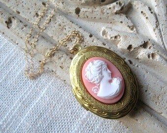 Vintage Cameo Locket Necklace, Blush Pink Cameo Locket, 14K Gold Chain, Brass Locket - Secrets