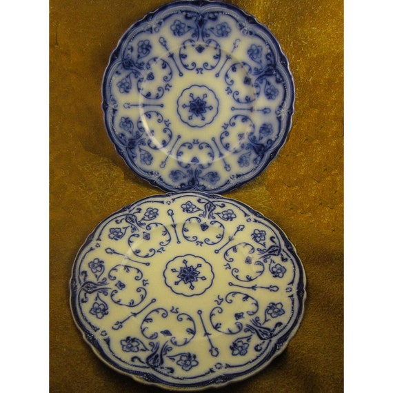 Antique conway flow blue dinner plate by new