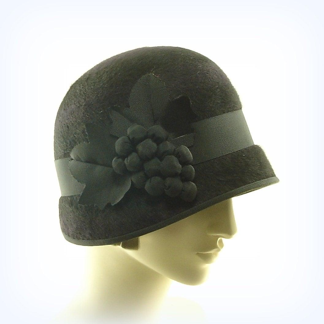 1920s style cloche hat for purple black beaver felt