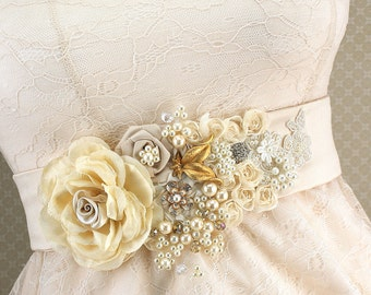 Sash, Bridal, Elegant Wedding, Champagne, Tan, Gold, Ivory, Cream, Pearls, Crystals, Lace, Brooch, Vintage Style, Gatsby Style