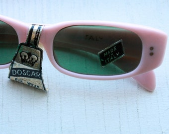NOS Vintage 1950s Pink Pin Up Italian Sunglasses with Green Lenses